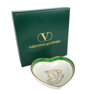 Valentino Garavani Sango Floral Love Shape Porcelain Dish